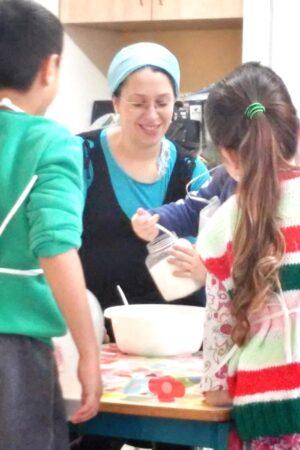 קבוצת בישול טיפולית לילדים